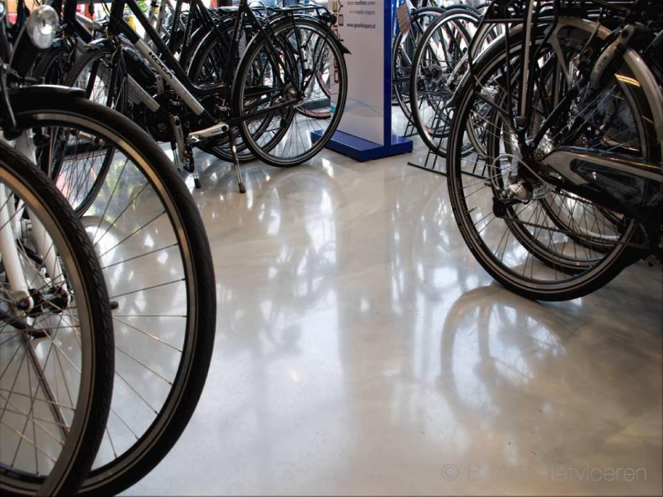 epoxy gietvloeren geschikt voor fietsen