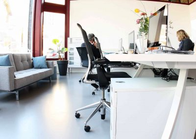 Mono Art gietvloer | polyurethaan gietvloer | kantoorruimte Nijmegen